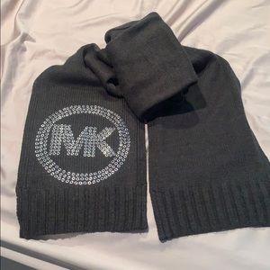 Michael Kora scarf